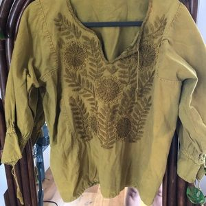 Vintage green embroidered peasant top